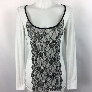 Daytrip Black White Lace Trim Tee Size Medium